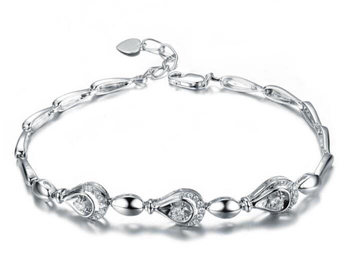如何挑选属于你的那款钻石手链