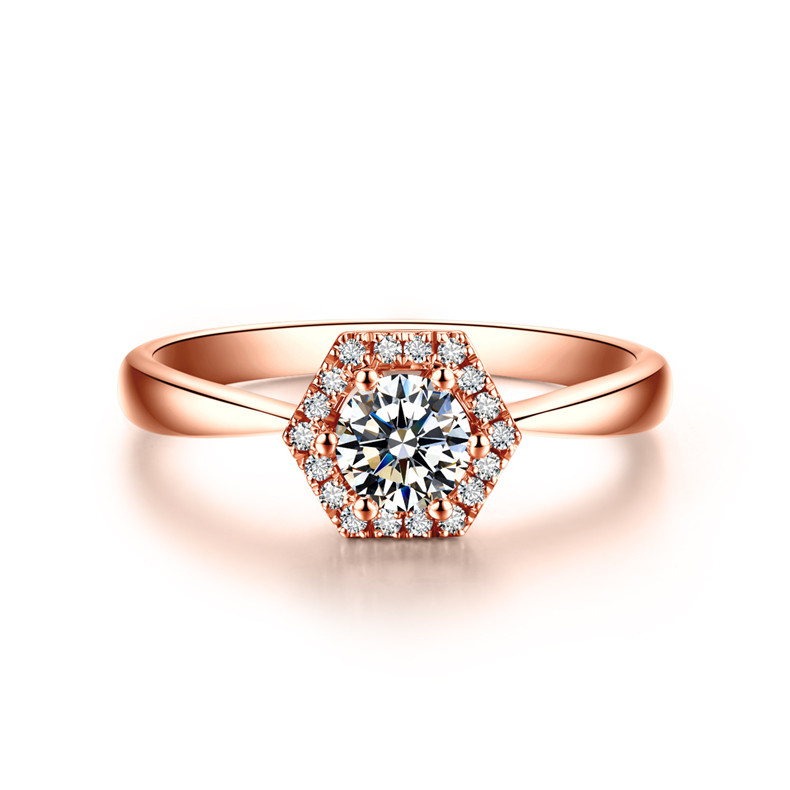 戒指戴中指的意思  戒指戴中指有什么含义