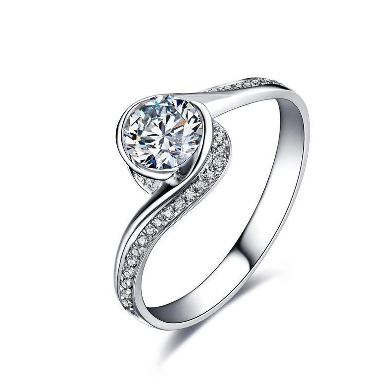 如何利用钻石镭射码鉴定钻石