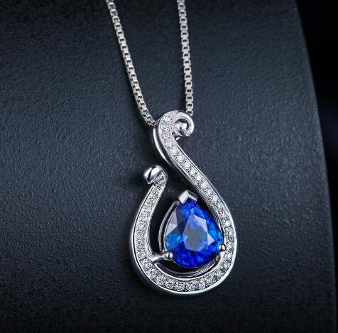 怎样搭配蓝宝石才让你更有气质