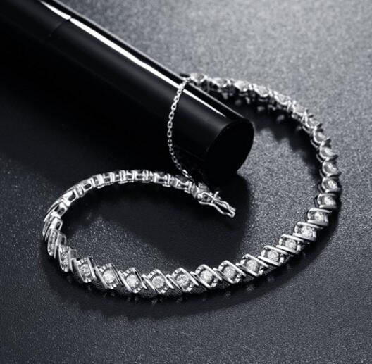 1克拉钻石手链 钻石手链知识大全