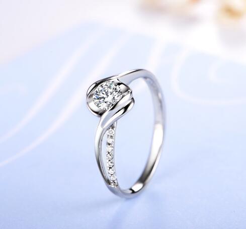 求婚钻戒一般多少钱 求婚钻戒贵吗