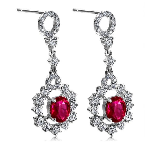一克拉红宝石大概多少钱