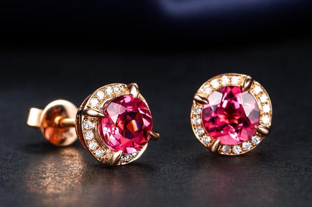 红宝石耳钉好吗 怎样选购红宝石耳钉