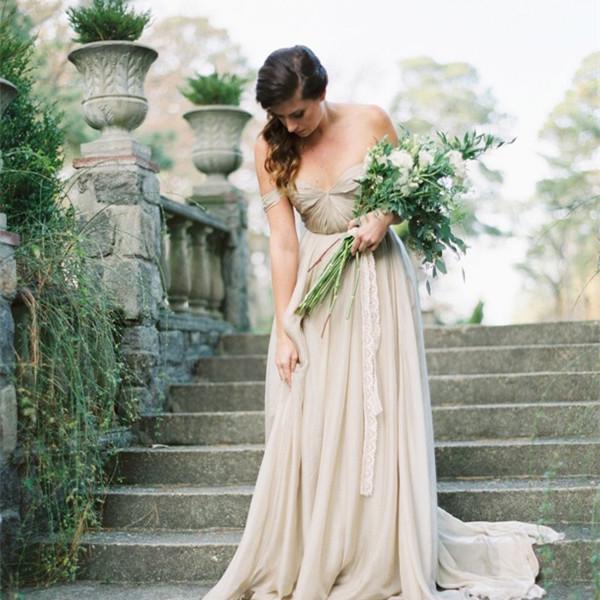 长花茎新娘手捧花也很美