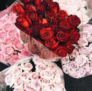 情侣在纪念日都会送些什么礼物