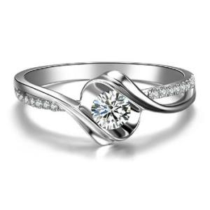 结婚钻戒见证你们美好的爱情