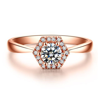 如何选购18k金钻石戒指