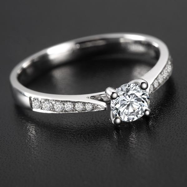 》》点击进入【女神】 白18k金35分/0.35克拉钻石戒指