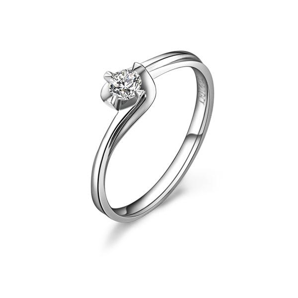》》点击进入【暖色】 0.12克拉18k钻石戒指