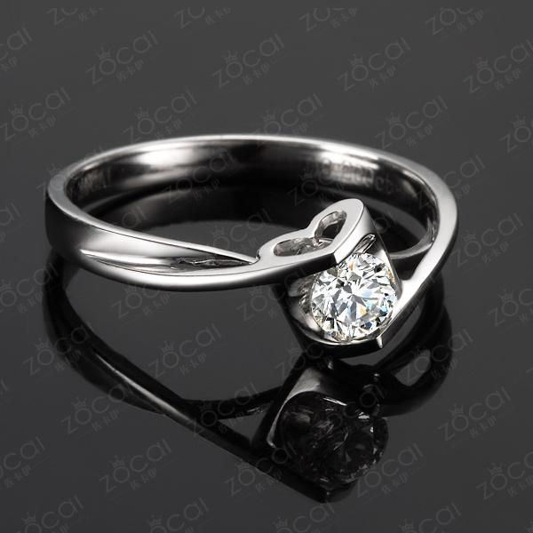 》》点击进入【心之吻】 白18k金0.2克拉钻石戒指