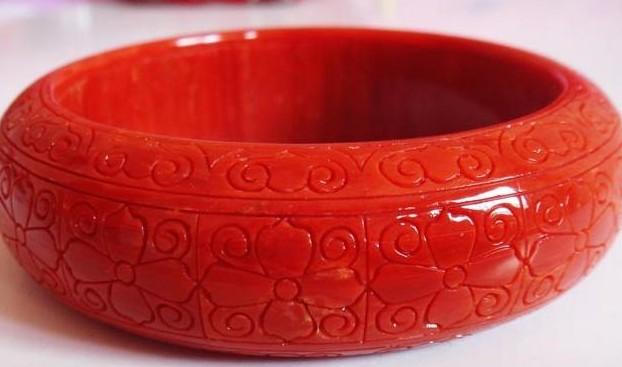 红珊瑚手镯