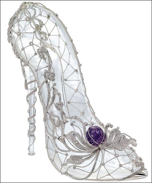 周大福迪斯尼公主系列珠宝之水晶鞋