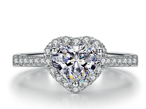 【璀璨至爱】 18K白金F-G色50分心形钻石戒指