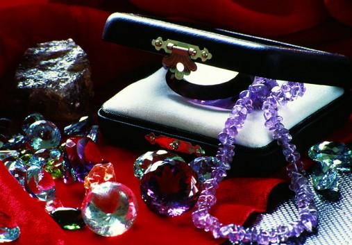 网络营销珠宝的四大技巧及容易进入五大误区三