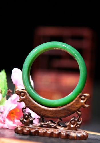 云南勐拱翡翠加盟优势及条件三