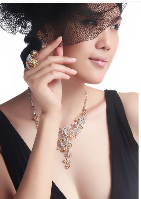 珠宝销售淡季有策略一