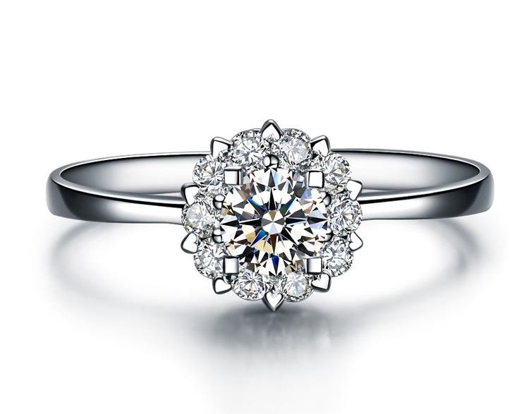 》》点击进入【触电】 白18k金20分/0.2克拉钻石戒指