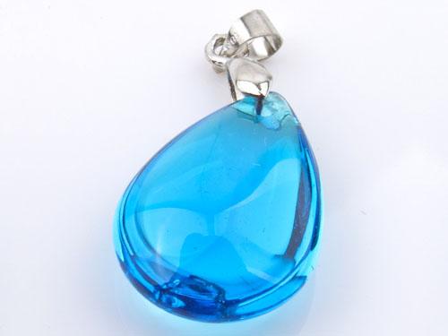 蓝水晶吊坠怎么挑选