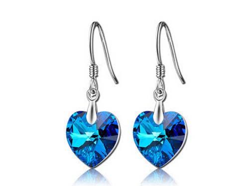 蓝水晶耳环怎么挑选