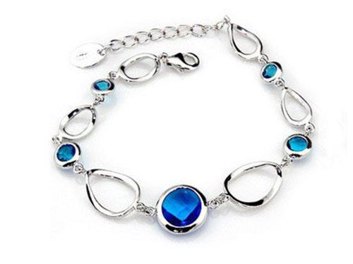 蓝水晶手镯哪个品牌好