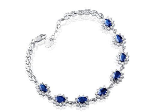 蓝宝石手镯哪个品牌好