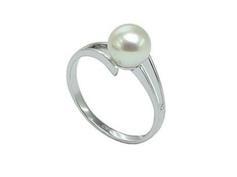 周大福珍珠戒指怎么样