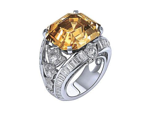 卡地亚铂金戒指购买注意价格