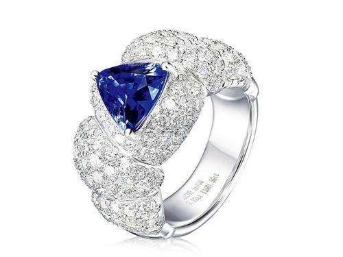 蓝宝石戒指哪里购买