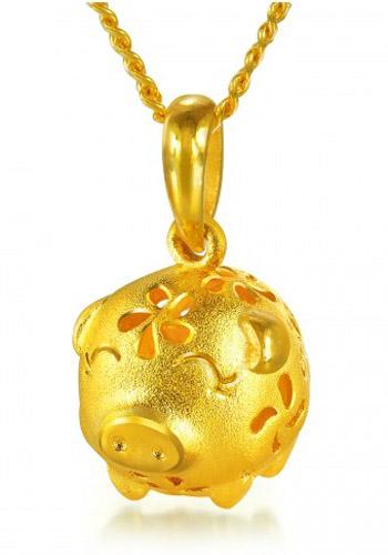周生生黄金吊坠-镂空小花猪