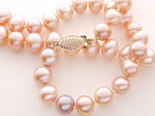 珍珠饰品繁简搭配