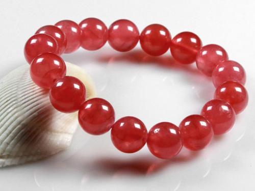 红纹石手链作用-缓和心情