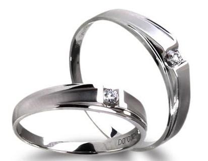 芭法娜珠宝戒指