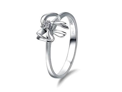 钻宝源戒指