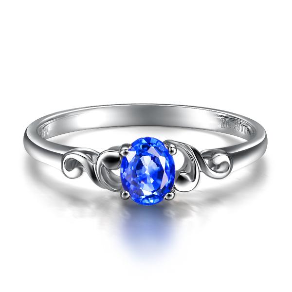 》》点击进入【浓情】 白18K金蓝宝石戒指 专柜正品