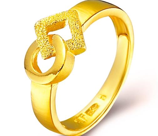 周大福足金几何黄金戒指(工费:48 计价)F 151445