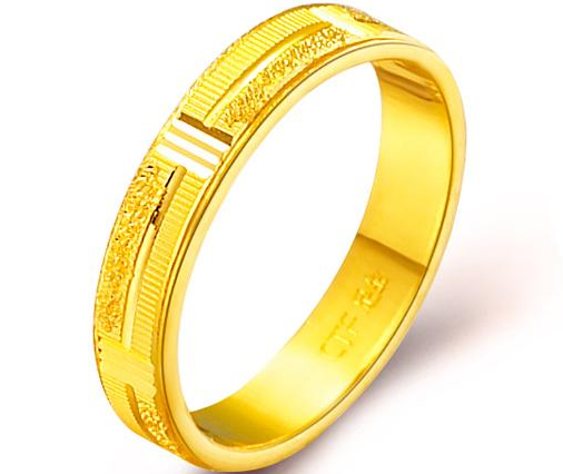 周大福足金黄金戒指情侣戒指/对戒(工费:48 计价)F 85086