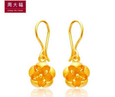 周大福盛开的花朵光砂足金黄金耳环(工费:98 计价)F 159163