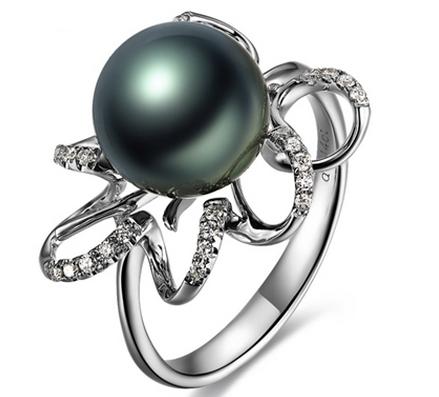 【东方丽质】 天然大溪地黑珍珠白18K金女士戒指