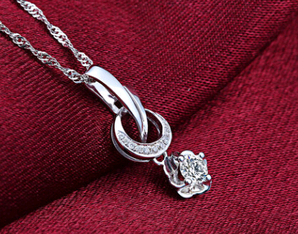 钻宝源钻石吊坠官网价格款式图片