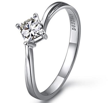 【爱的晨风】 白18K金100分/1克拉钻石女士戒指