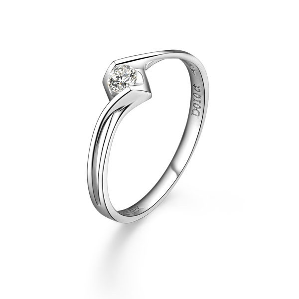 》》点击进入【天使之恋】 10分白18K金钻石戒指