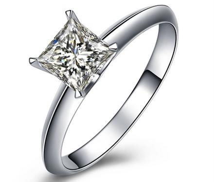 0.31克拉 公主方形 钻   ,颜色:I,净度:VS1