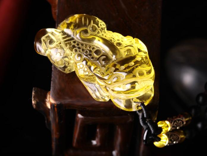 黄水晶貔貅功效