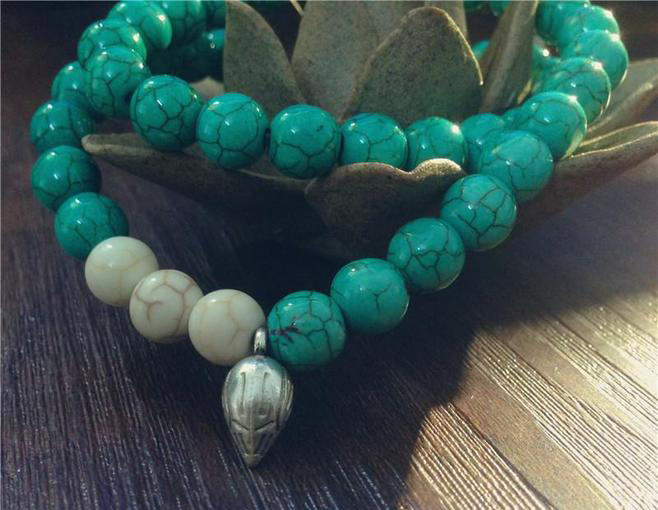 绿松石的颜色要如何保养?