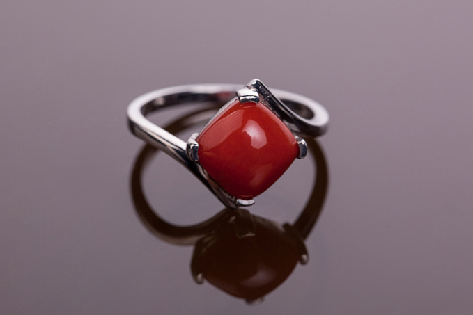 红珊瑚,红珊瑚戒指,佐卡伊戒指