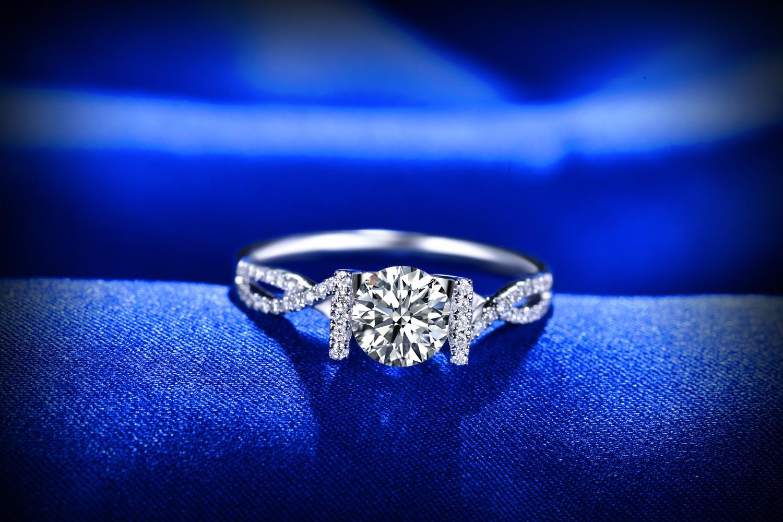 佐卡伊求婚钻石对戒款式图片