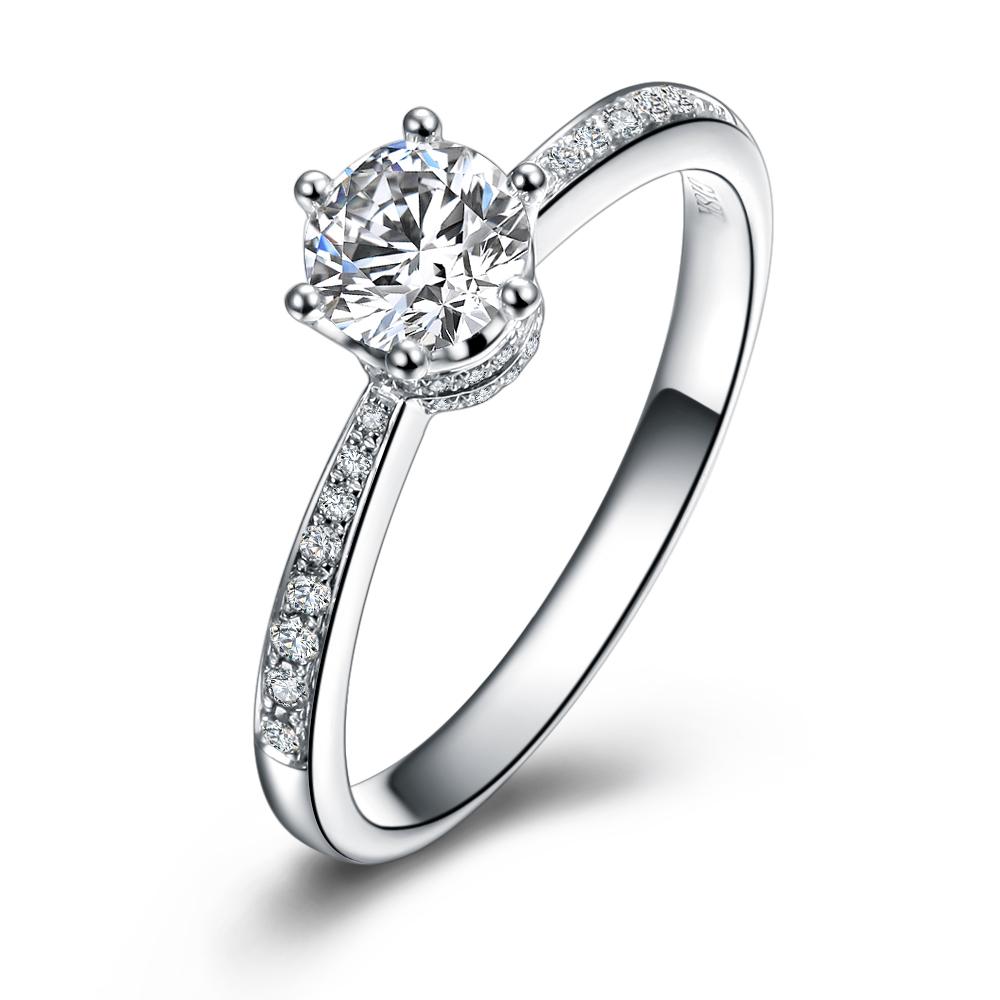 钻石最低多少钱