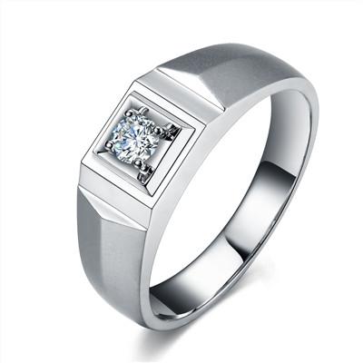 男的结婚戒指挑选技巧