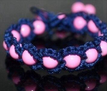 美美的串珠手链编法教程 时尚串珠手链编法图解